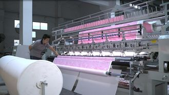China Textile Machinery Single Head Duvet Quilting Machine 2..8m For Air Conditioning Quilt supplier